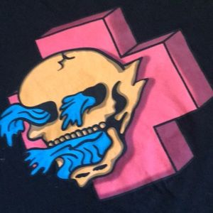 Pink Dolphin black T  good condition